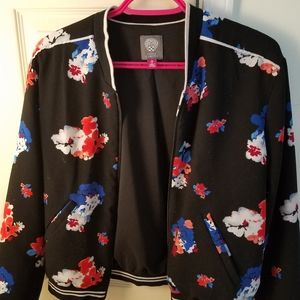 Vince camuto jacket size small